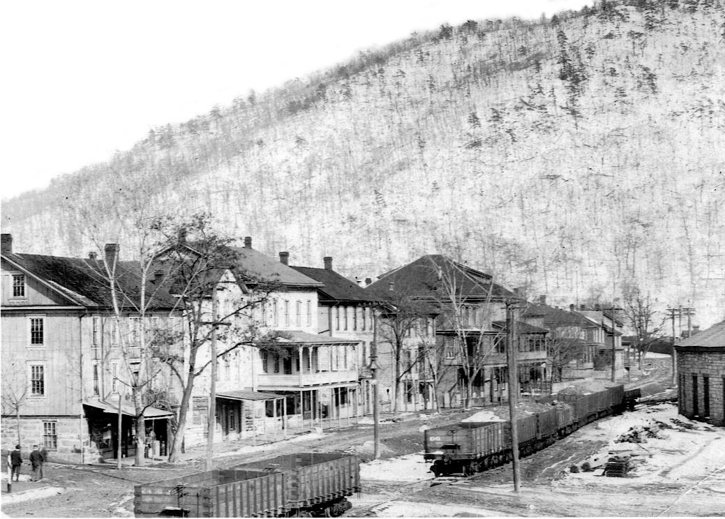 The railroad ran directly through the center of town along Railroad Avenue, present day Main Street.